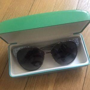 Kate Spade Silver Sunglasses 🕶